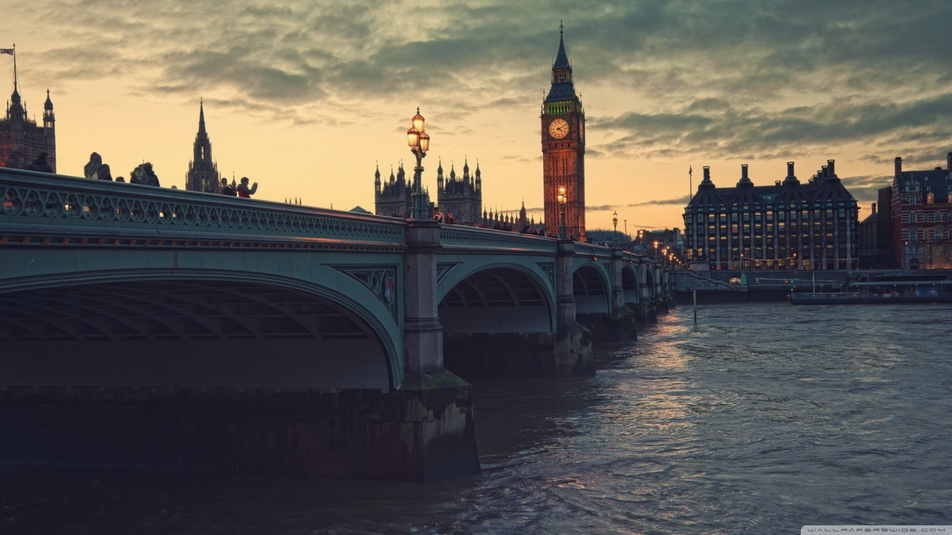 london at dusk wallpaper 1366x768 Are you Planning to Visit London this Winter?